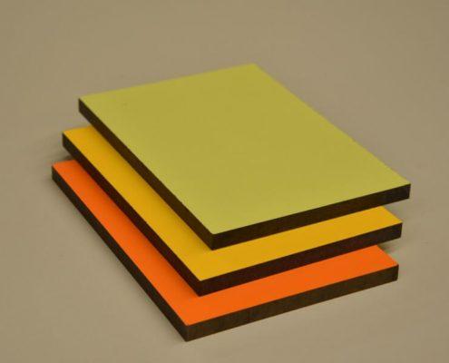 tableros compactos para interior en varios colores